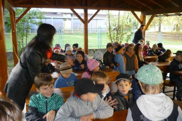 Ilustračný obrázok k článku V Žiline máme unikátnu triedu: Deti sa učia vonku