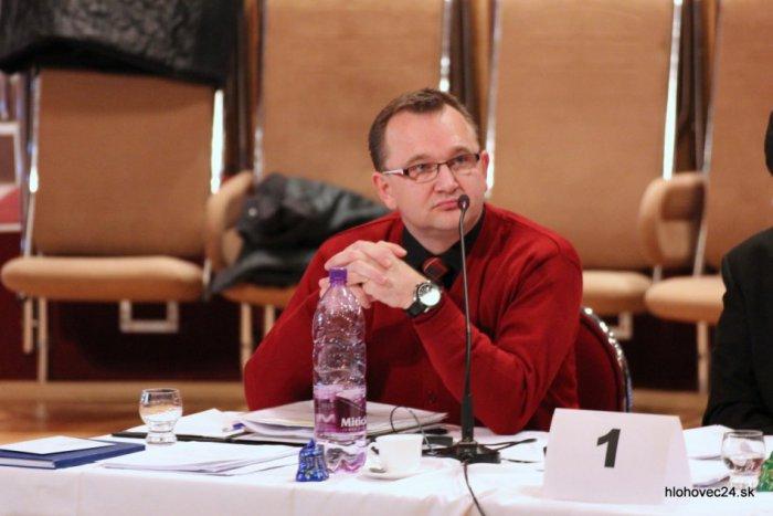 Ilustračný obrázok k článku Po zdrvujúcej kritike NsP vyhadzov: Bobák so Slovákom v dozornej rade skončili