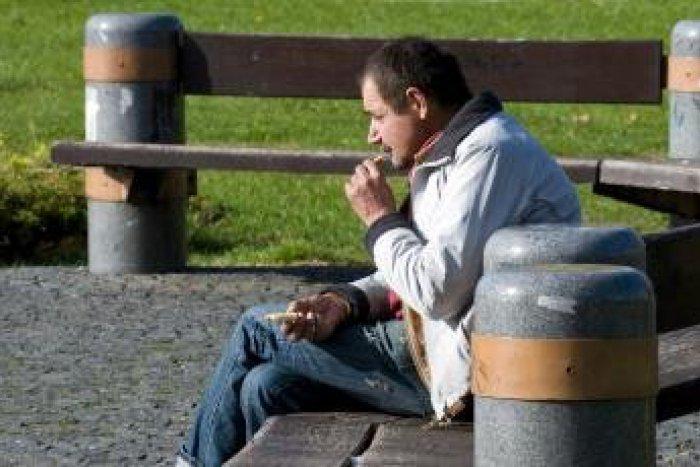 Ilustračný obrázok k článku Problém bezdomovcov v Topoľčanoch: Občania si väčšinou  ich základné práva neuvedomujú!