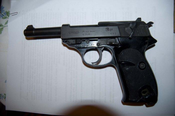 Ilustračný obrázok k článku Desivý telefonát na políciu: Vlado zavolal, že zastrelil vlastného brata (†43)