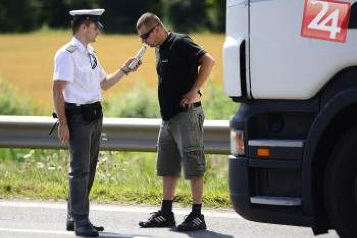 Ilustračný obrázok k článku Prievidzskí vodiči sa opäť vyznamenali: Máme najviac nehôd v celom kraji, pozrite tie čísla!
