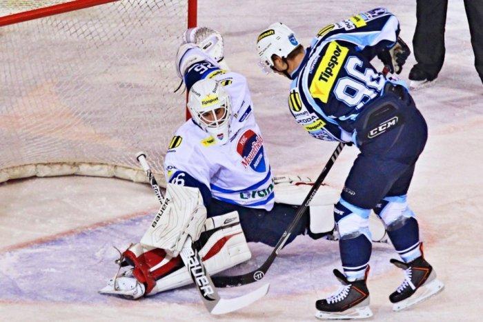 Ilustračný obrázok k článku Hokejisti Martina sa proti Nitre ujali vedenia: Na lídra súťaže však nestačili