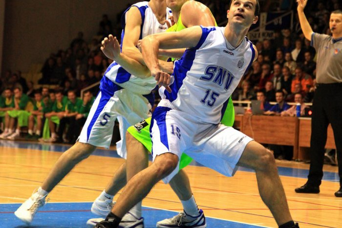 Ilustračný obrázok k článku Súboj mužstiev bez víťazstva: Basketbalisti Spišskej bojovali o svoj prvý triumf v Leviciach