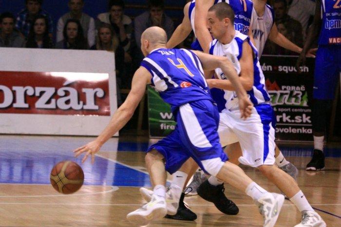 Ilustračný obrázok k článku Basketbalisti Spišskej cestovali do Nitry: V zápase padla aj magická stovka!