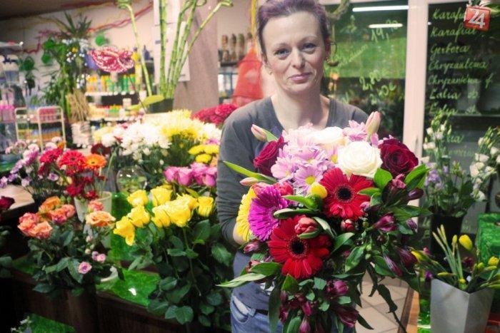 Ilustračný obrázok k článku MDŽ už klope na dvere: Viete, ktorými kvetmi potešíte nežnejšie polovičky?