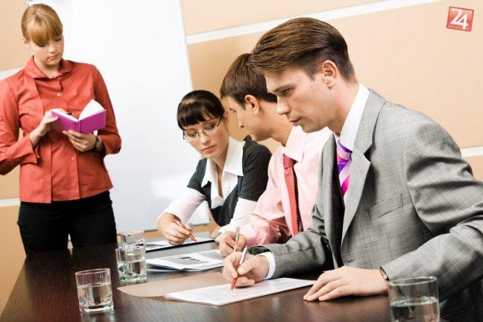 Ilustračný obrázok k článku Ako bojovať s nezamestnanosťou mladých? Pomôcť by mohol duálny systém vzdelávania...