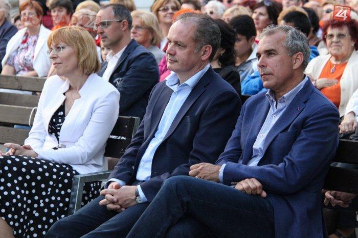 Ilustračný obrázok k článku Prezident Kiska na Viva Italia: Aby sme sa na Slovensku mali dobre, pomáhajú aj takéto akcie