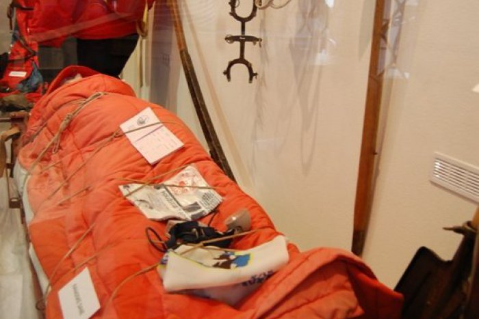 Ilustračný obrázok k článku V múzeu vystavili najstaršie záchranárske sane: Horská služba má už 60 rokov