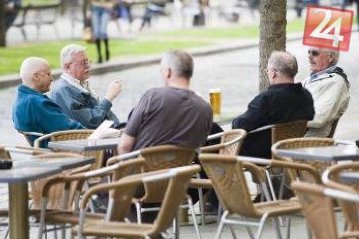 Ilustračný obrázok k článku Mestskí policajti dôrazne varujú majiteľov barov: V noci musí byť kľud, inak ...
