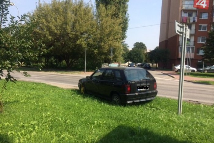 Ilustračný obrázok k článku Tip od čitateľa: Tento majster v parkovaní si zarobil zejme na mastnú pokutu