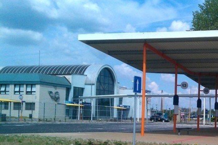 Ilustračný obrázok k článku Pri autobusovej stanici má vyrásť  obchodné centrum: Vzniknú nové obchody i parkovacie miesta