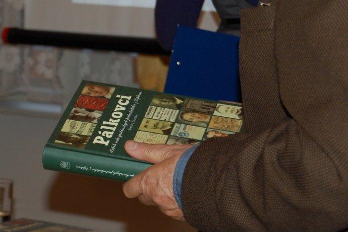 Ilustračný obrázok k článku Autor desiatok slovenských evergreenov z Mikuláša: Dušan Pálka sa narodil pred 105 rokmi