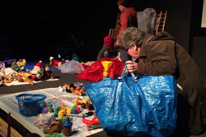 Ilustračný obrázok k článku Jedeň deň v úlohe dobrovoľníka: Aká je v skutočnosti Zóna bez peňazí?