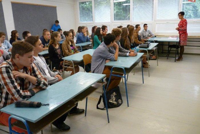 Ilustračný obrázok k článku Rebríček nezamestnanosti absolventov: Tieto prievidzské školy dopadli najlepšie!