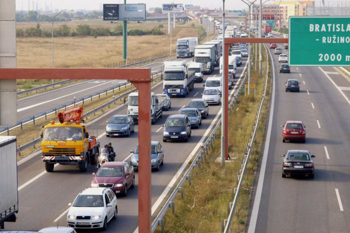 Ilustračný obrázok k článku Bratislavský obchvat: Čo urobí s dopravou v meste a s parkovaním?