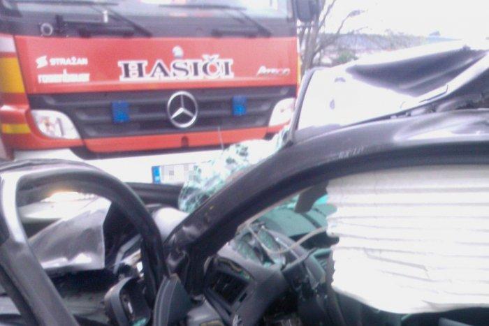 Ilustračný obrázok k článku Vážna nehoda troch áut pri Považskej Bystrici: Žena utrpela ťažké zranenia