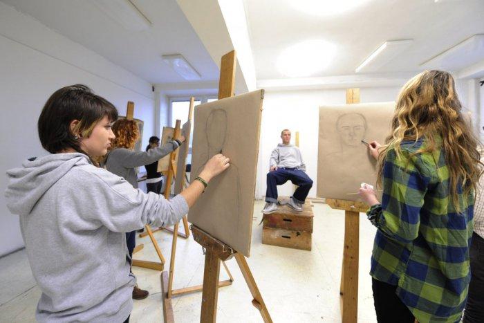 Ilustračný obrázok k článku Najstaršia výtvarná umelecká škola otvorí svoje brány pre verejnosť