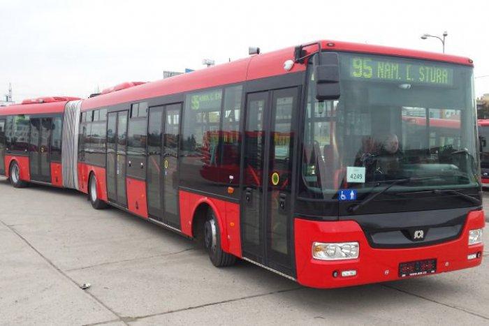 Ilustračný obrázok k článku Falošného revízora v bratislavskom autobuse prichytili skutoční revízori