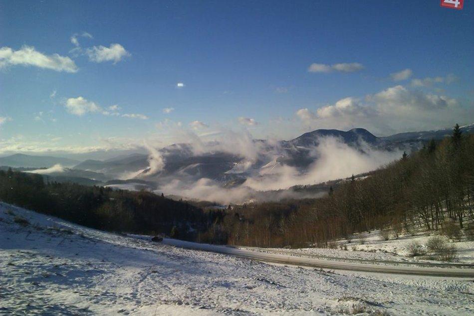 Ilustračný obrázok k článku Dobšinský kopec, Štósky kopec a cesta na Hačavu sú podľa KSK zjazdné