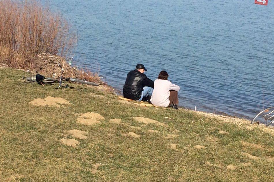 Ilustračný obrázok k článku FOTO: Slnečná nádielka počas nedele, takto ju trávili Šaľania