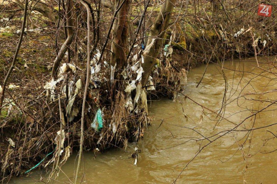 Ilustračný obrázok k článku V okrese Malacky niekto znečistil potok, spôsobil tým škodu za skoro 30-tisíc eur