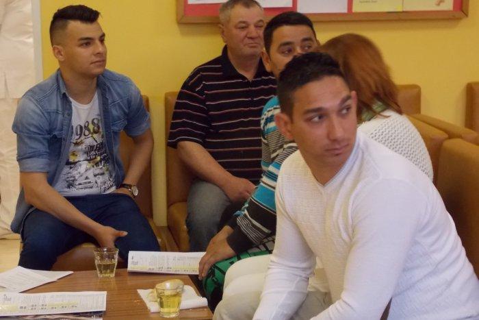 Ilustračný obrázok k článku V nemocnici v Spišskej bolo viac Rómov než obvykle: Pozrite, akým činom prišli ukázať, že vedia pomôcť!