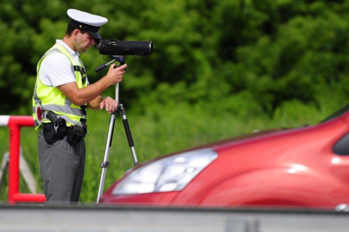 Ilustračný obrázok k článku Policajti budú v strehu 24 hodín: 18 miest v Zámkoch a okolí, kde nás idú kontrolovať!