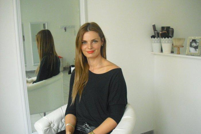 Ilustračný obrázok k článku Ostrieľaná odborníčka na vlasy prezradila svoj recept na dokonalý účes: Toto zaručene funguje!