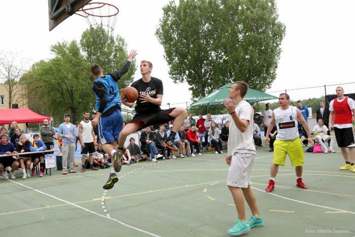 Ilustračný obrázok k článku Streetballová šou pod Mostom Lafranconi už pozná svojich víťazov