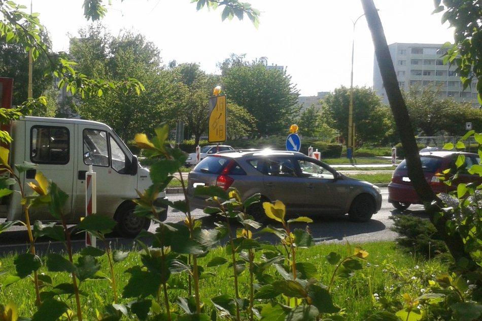Ilustračný obrázok k článku Trpezlivosť košických vodičov dnes preveruje Bardejovská: Aspoň nie som jediný blbec, čo tu presedí 40 minút :)