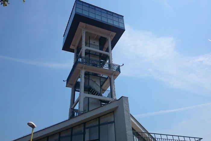 Ilustračný obrázok k článku Vodárenská veža v Prešove je v plnej prevádzke: Kedy má otvorené a čo si môžeme objednať?