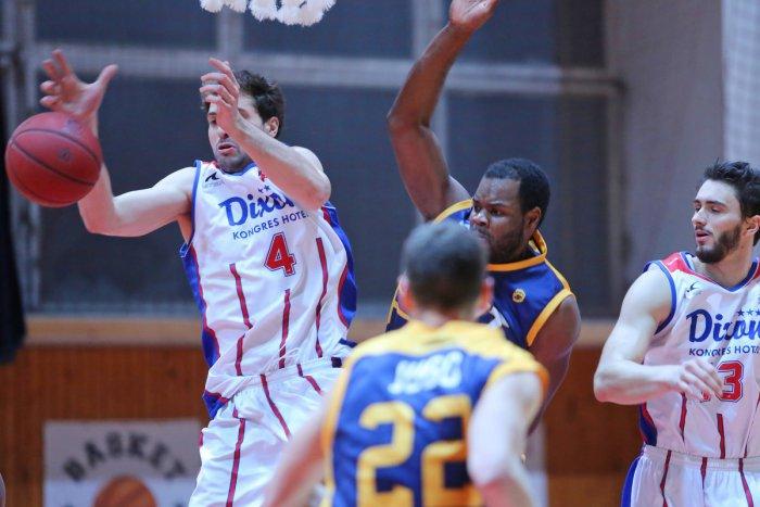 Ilustračný obrázok k článku Ďalšia rana pre bystrické športy: Po futbalovej Dukle opúšťajú najvyššiu súťaž aj basketbalisti ŠKP... a dôvod?
