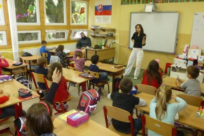 Ilustračný obrázok k článku Rebríčky top škôl na Slovensku: Ktoré revúcke školy sa umiestnili najvyššie?