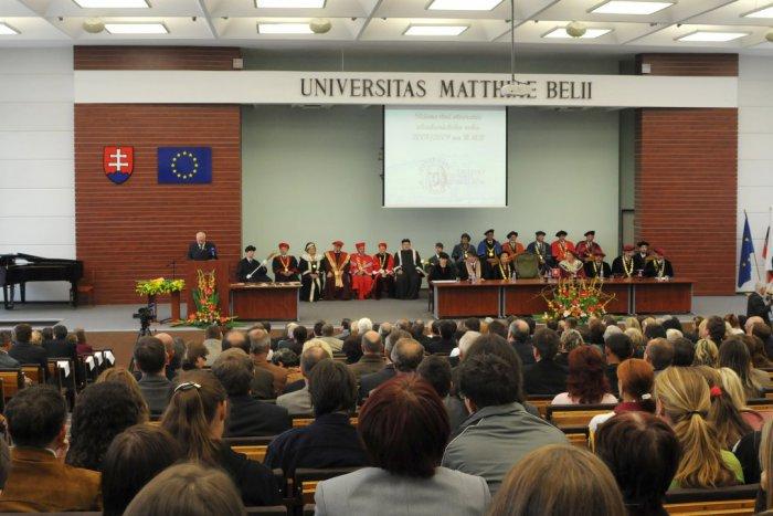 Ilustračný obrázok k článku Pedagógov UMB čaká netradičný výjazd: Do Maďarska vyrazia s témami na posilnenie národného povedomia