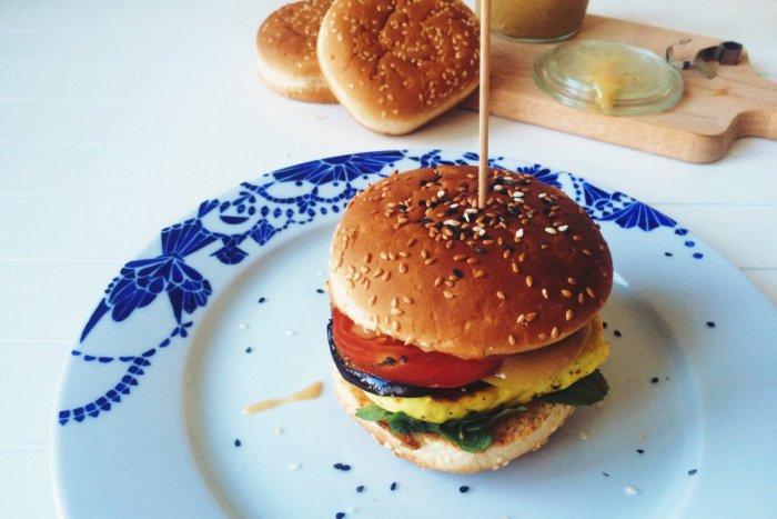 Ilustračný obrázok k článku Redakcia radí: Hamburger zažíva boom aj v Bratislave, spravte si svoj vlastný doma