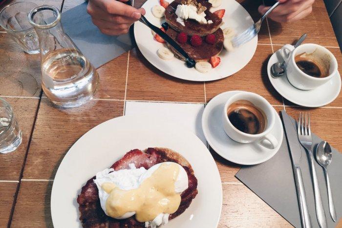 Ilustračný obrázok k článku Kam na raňajky v Bratislave: Sedem miest, kde môžete naštartovať svoj deň. Aj seba