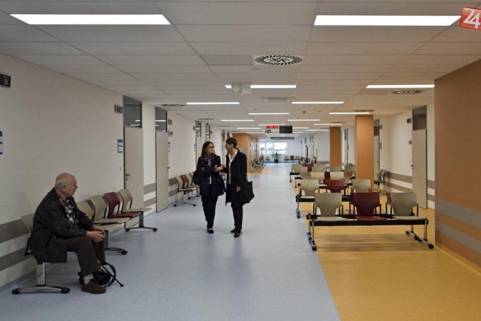 Ilustračný obrázok k článku OBRAZOM: Bratislavská Nemocnica sv. Michala už funguje v novej budove, takto to v nej vyzerá