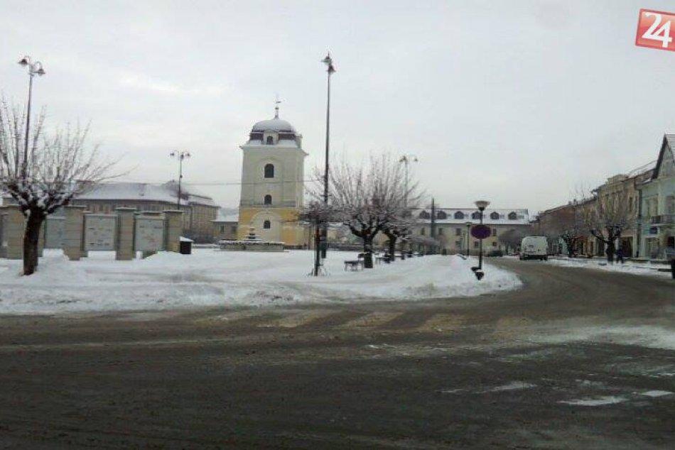 Ilustračný obrázok k článku Konečne to aj u nás pripomína nefalšovanú zimu: Obrázky z Brezna, ktorých sa už veľa z nás nevedelo dočkať