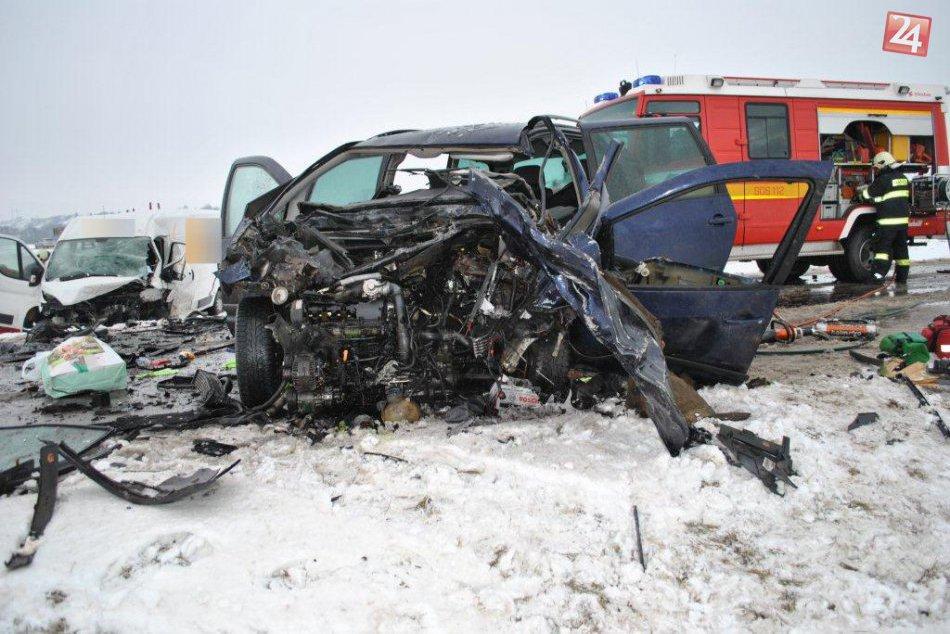 Ilustračný obrázok k článku Tragédia na našich cestách: Čelná zrážka a smrť mladého vodiča (†26)!
