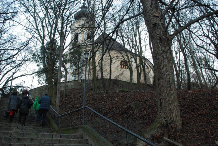 Ilustračný obrázok k článku V dúbravskom kostole zaspieva Martin Babjak