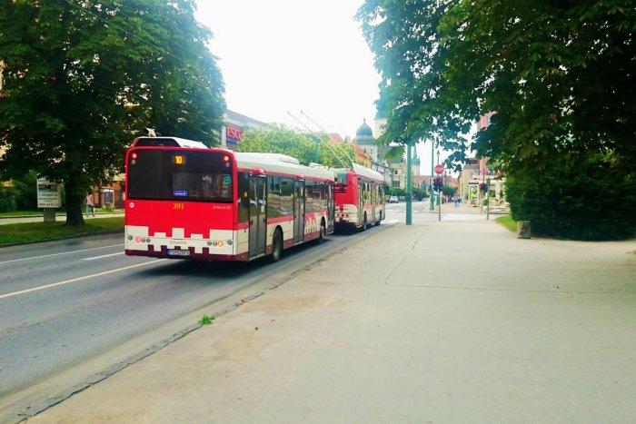 Ilustračný obrázok k článku Dopravný podnik predstavil vlastnú: Prešovčania už môžu využívať dve aplikácie MHD