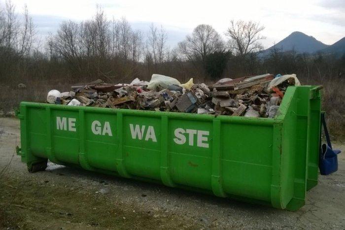Ilustračný obrázok k článku Jarné čistenie Považskej: KOMPLETNÝ ROZPIS rozmiestnenia veľkokapacitných kontajnerov