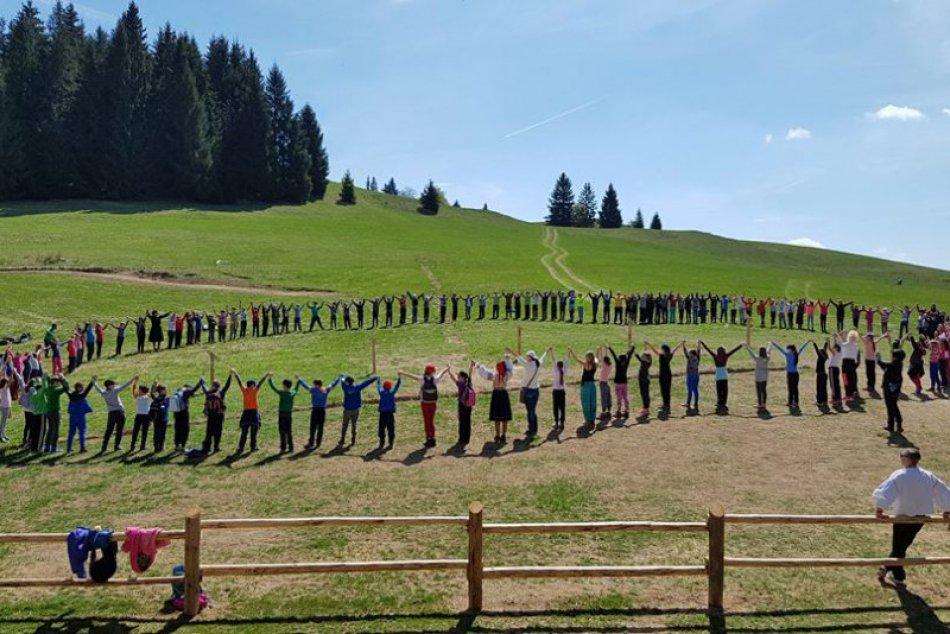 Ilustračný obrázok k článku TOP 5 atrakcií v blízkosti Brezna: Kam sa počas leta oplatí vyraziť s deťmi?