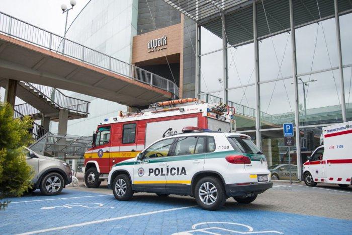Ilustračný obrázok k článku Polícia ohlásenú bombu v Auparkoch nenašla