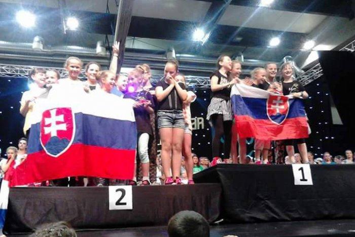 Ilustračný obrázok k článku Obrovský úspech humenských tanečníc v Chorvátsku: Brali najväčšie ocenenia v šou vysielanej do celého sveta!