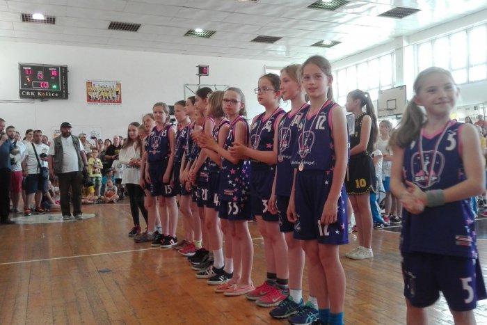 Ilustračný obrázok k článku Na východe republiky sa Podtatrancom vždy darilo: Popradské minibasketbalistky si z Košíc priviezli bronz