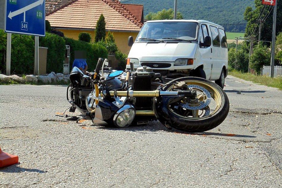 Ilustračný obrázok k článku Tragická nehoda pod hradom Krásna Hôrka: Motorkár (34) zraneniam podľahol + FOTO, VIDEO!