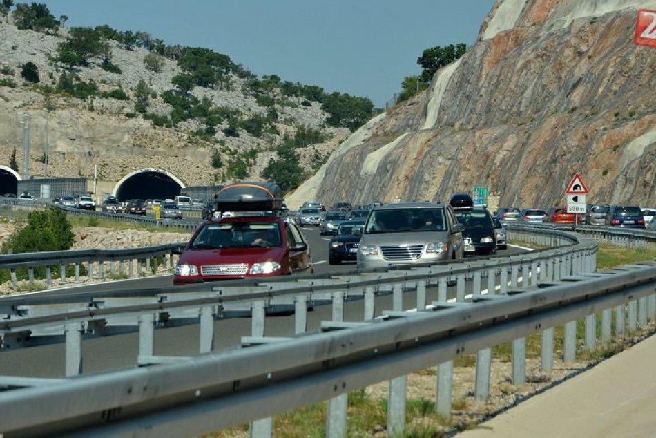 Ilustračný obrázok k článku Na cestách v Chorvátsku hrozia vysoké pokuty: Na TOTO si dajte pozor