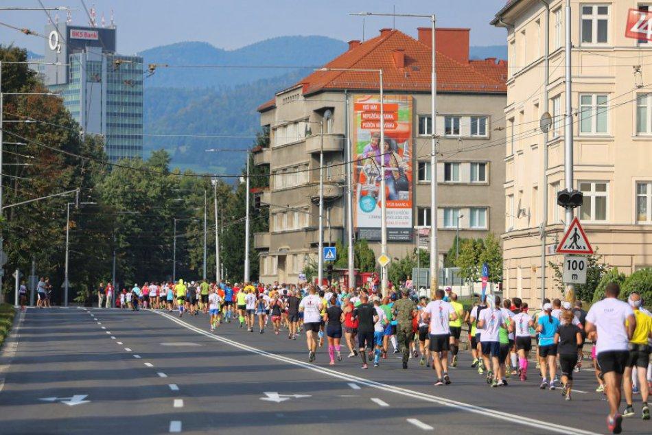 Ilustračný obrázok k článku Počas maratónu budú v Bystrici dopravné obmedzenia: Týmto uliciam sa radšej vyhnite