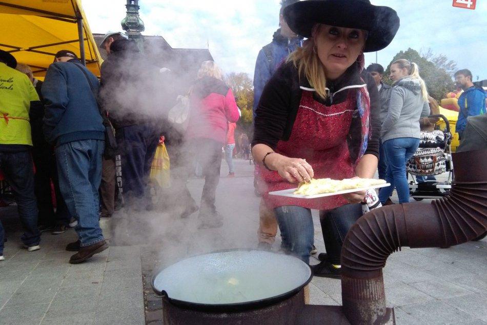 Ilustračný obrázok k článku Olympiáda vo varení pirohov aj jarmok. Zvolenské námestie bude onedlho rozvoniavať
